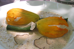 Stuffed zucchini flowers with summer truffles