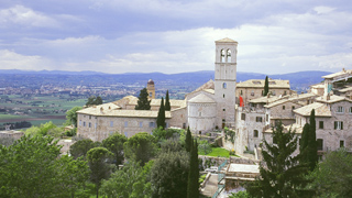 The beautiful hilltop village of Assisi in Umbria